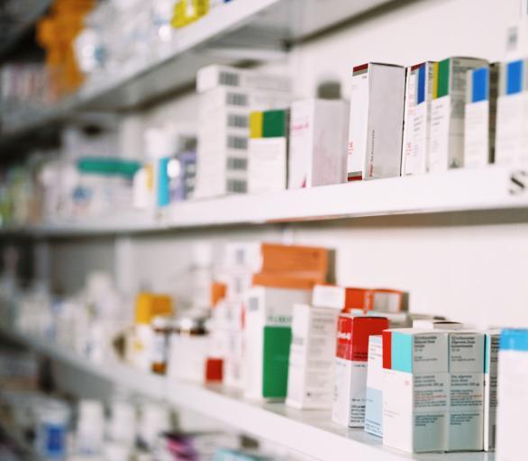 Ryzykowne jest kupowanie leków poza apteką