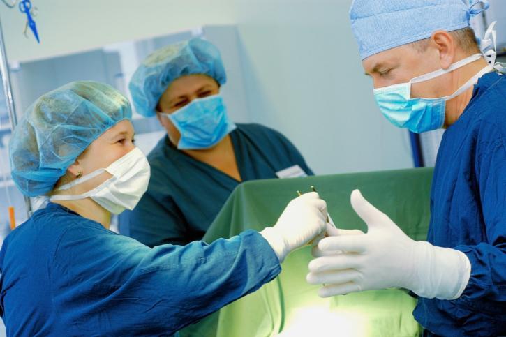 Gdańsk: pierwsze na Pomorzu wszczepienie podskórnego kardiowertera-defibrylatora u dziecka