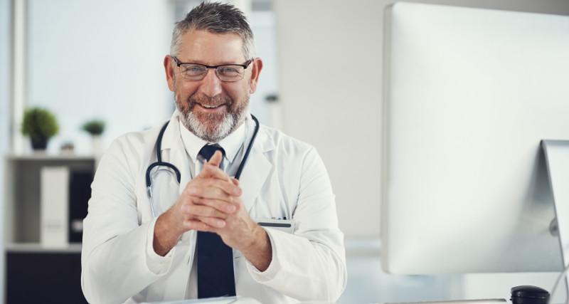 """Lekarz, który """"nie przyjmuje pacjentów z PiS"""" – został zwolniony z pracy"""