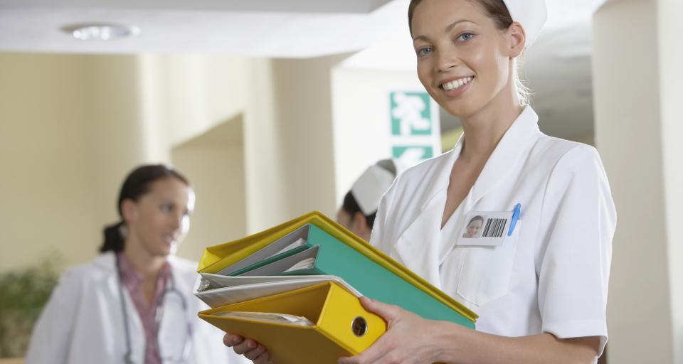 90 pielęgniarek z Ukrainy pracuje już w Polsce, resort zdrowia chce, by było ich więcej
