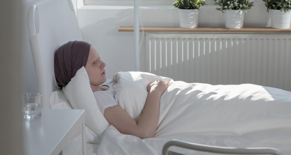 Leczenie dorosłych ze śpiączką świadczeniem gwarantowanym
