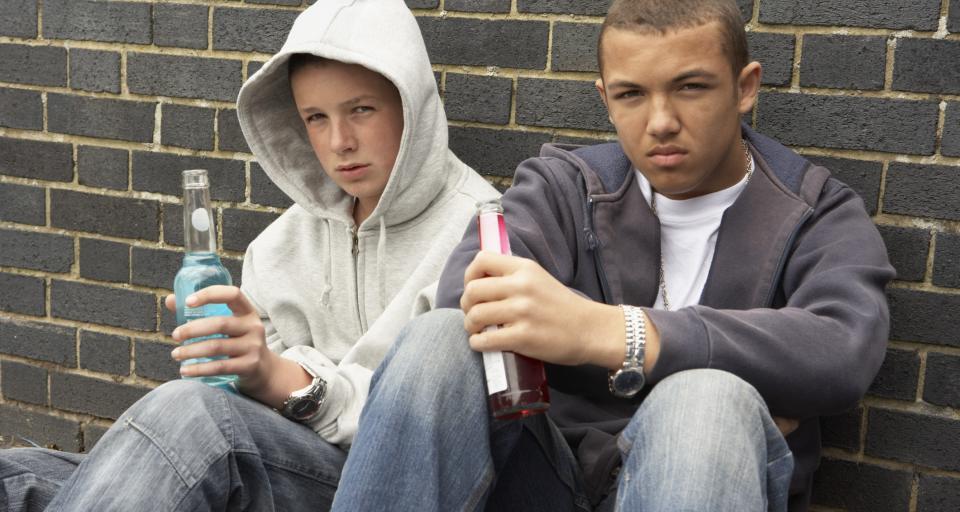 Ministerstwo Zdrowia chce rozszerzyć zakaz spożywania alkoholu i ograniczyć reklamy piwa
