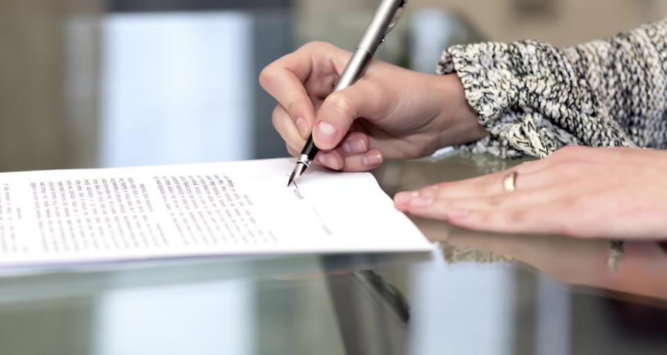 Wniosek o obniżenie wymiaru czasu pracy pracownica powinna złożyć na dwa tygodnie przed powrotem do firmy