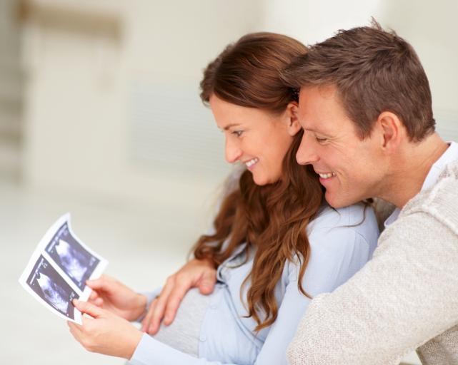 Praca tymczasowa: umowa kobiet w ciąży ma być przedłużona do dnia porodu