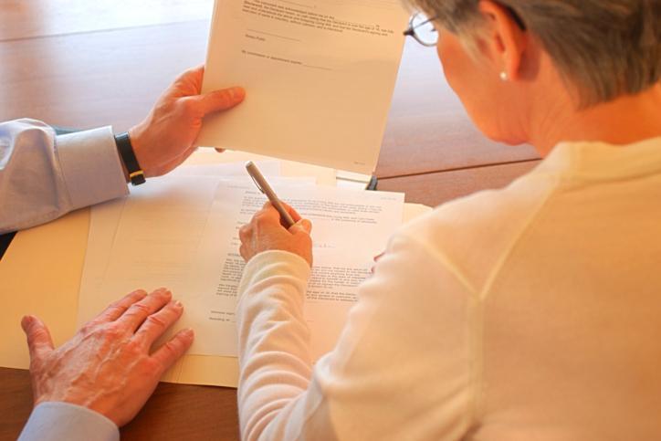 Związki zawodowe i część pracodawców za ozusowaniem umów zleceń