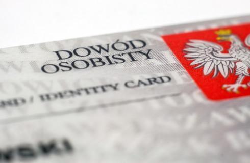 E-dowód potwierdzi tożsamość i podpisze dokument