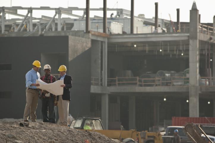 Zarzuty prokuratury dla powiatowego inspektora za niewstrzymanie budowy