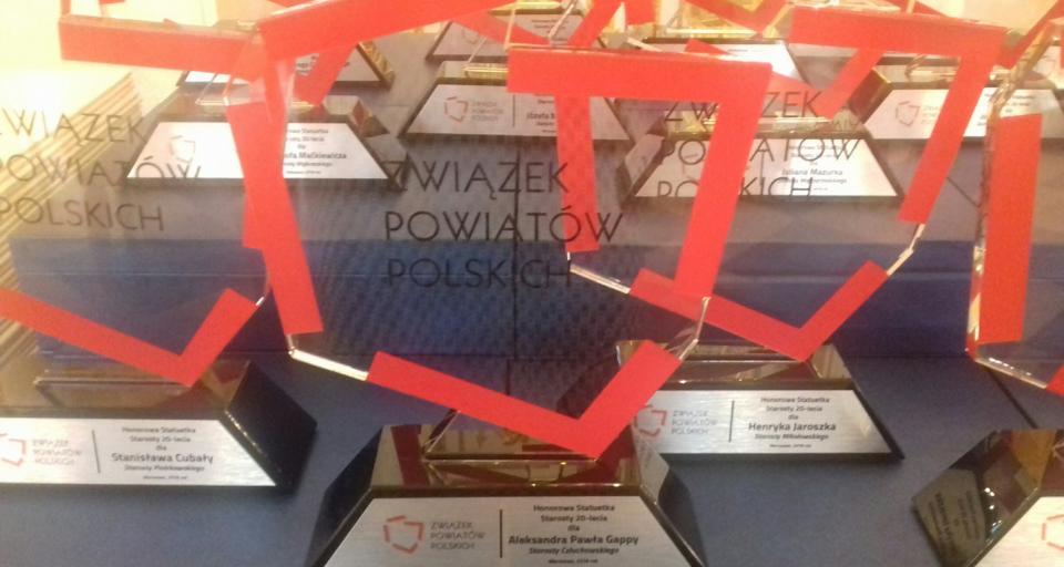 Starostowie i prezydenci uhonorowani podczas zgromadzenia Związku Powiatów Polskich