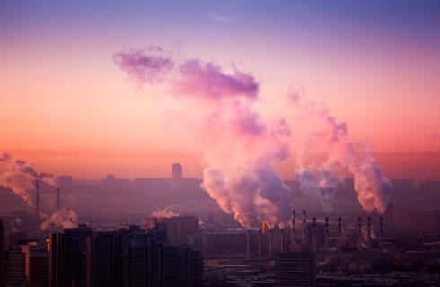 Jest smog, a gminy i tak pobierają opłaty klimatyczne