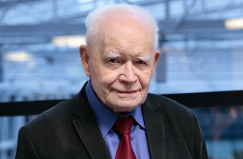 Prof. Strzembosz: Prokurator najwyższym sędzią w Polsce