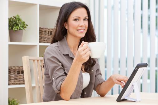 Możliwość częściowej pracy z domu przyciąga kandydatów