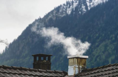 Czy w przypadku śladowej emisji zanieczyszczeń instalacja wymaga zgłoszenia?