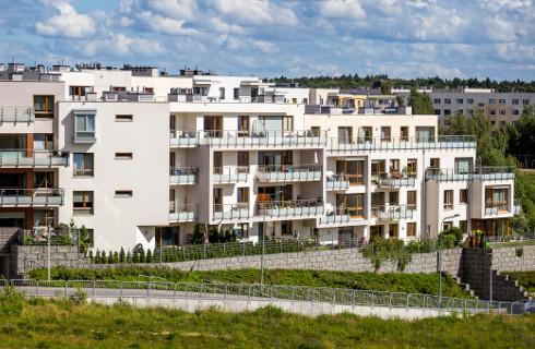 Umowa deweloperska nie zwolni z podatku po sprzedaży mieszkania