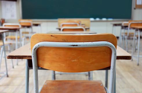 Sprawdzanie egzaminu ósmoklasisty bardziej opłacalne