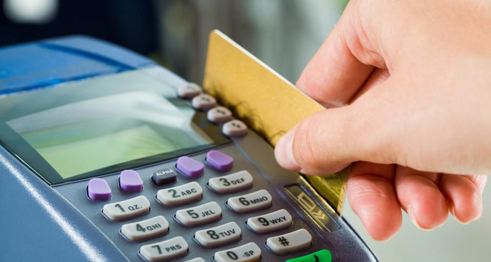Każdy sprzedawca i usługodawca będzie musiał mieć terminal płatniczy
