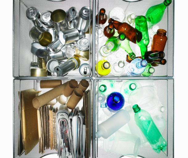 Wojewoda: Regulamin punktu zbiórki odpadów tylko w uchwale śmieciowej