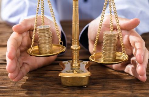 Sąd Najwyższy odpowie, czy ubezpieczyciel musi zwrócić koszty niezależnego rzeczoznawcy