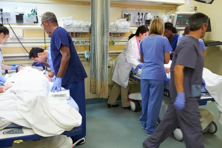 Szpitale zadłużają się na potęgę przez pijanych