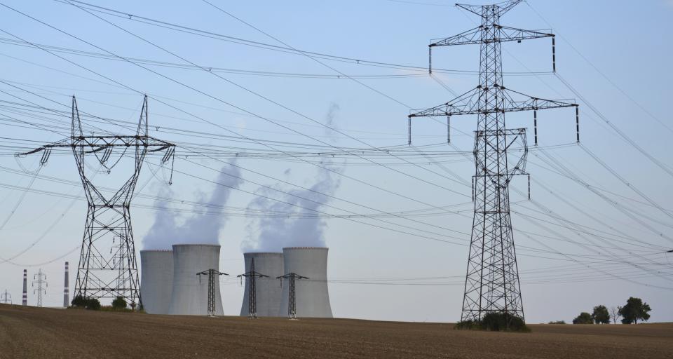 Senat nie poparł zmian do noweli prawa energetycznego korzystnych dla właścicieli działek