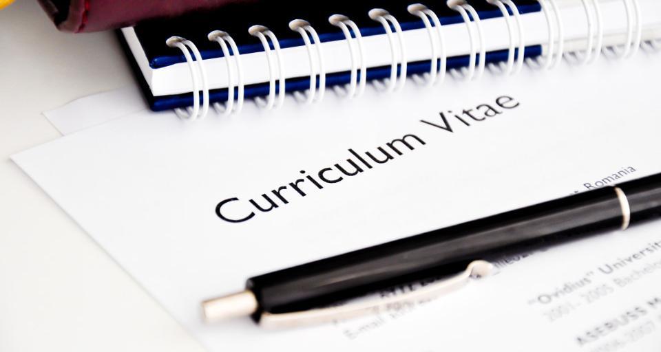 Minister wyjaśni, czy można przechowywać CV kandydatów