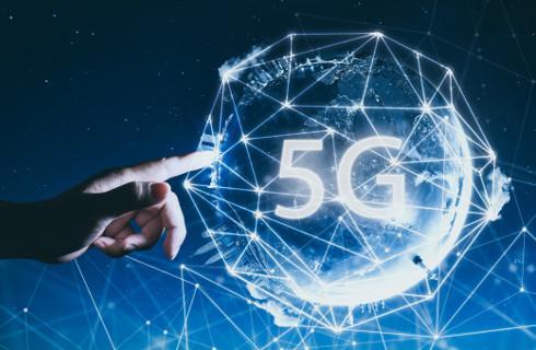 Ministerstwo Cyfryzacji likwiduje bariery prawne dla budowy sieci 5G
