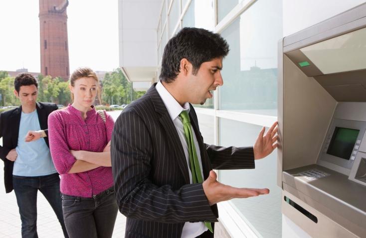Przeciwdziałanie praniu pieniędzy: Firmy mają problemy z raportowaniem transakcji