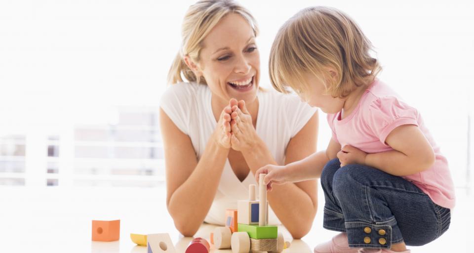 Gdy zamykają przedszkole czy szkołę, rodzic może wziąć opiekę