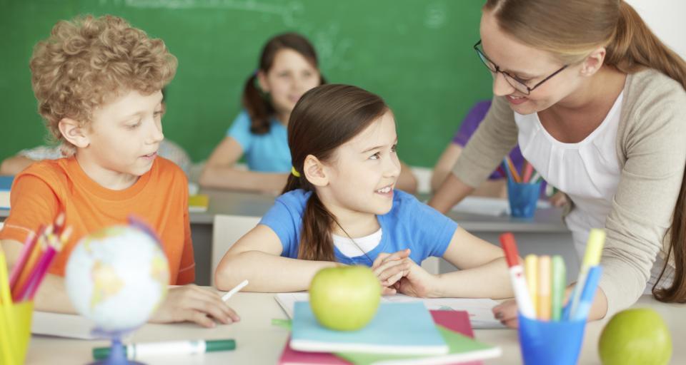 Dyrektor powinien układać plan lekcji tak, by uczniowie nie siedzieli do późna