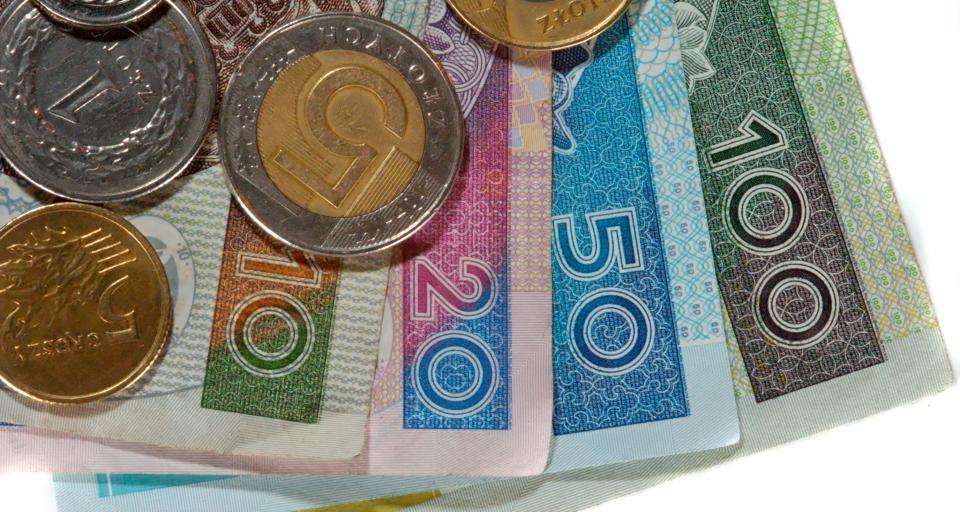 Pieniądze na pomoc społeczną w zasięgu samorządów