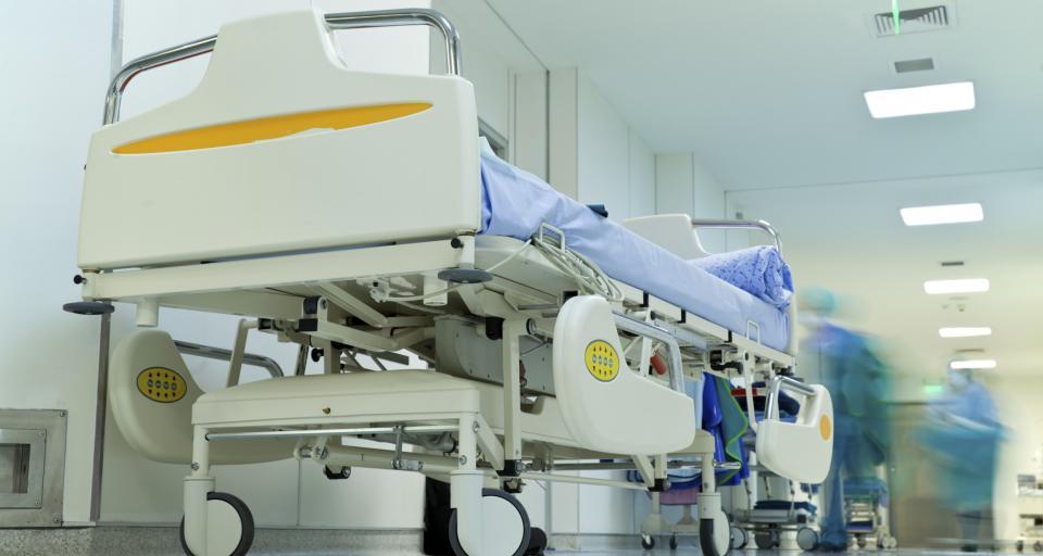 Szpitale masowo likwidują łóżka