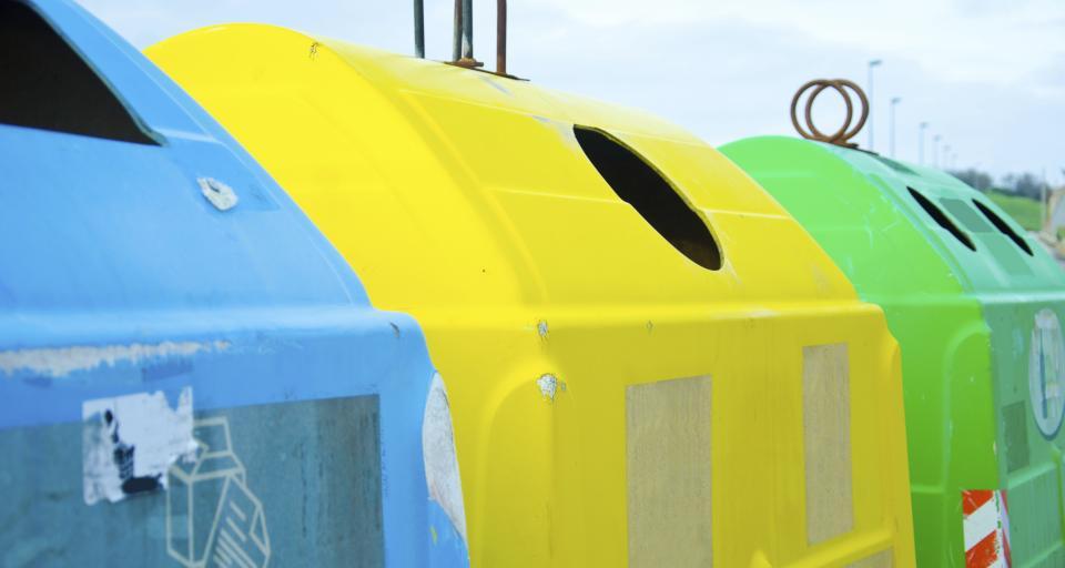 Czy odpady zebrane selektywnie można przewozić w tej samej komorze pojazdu?