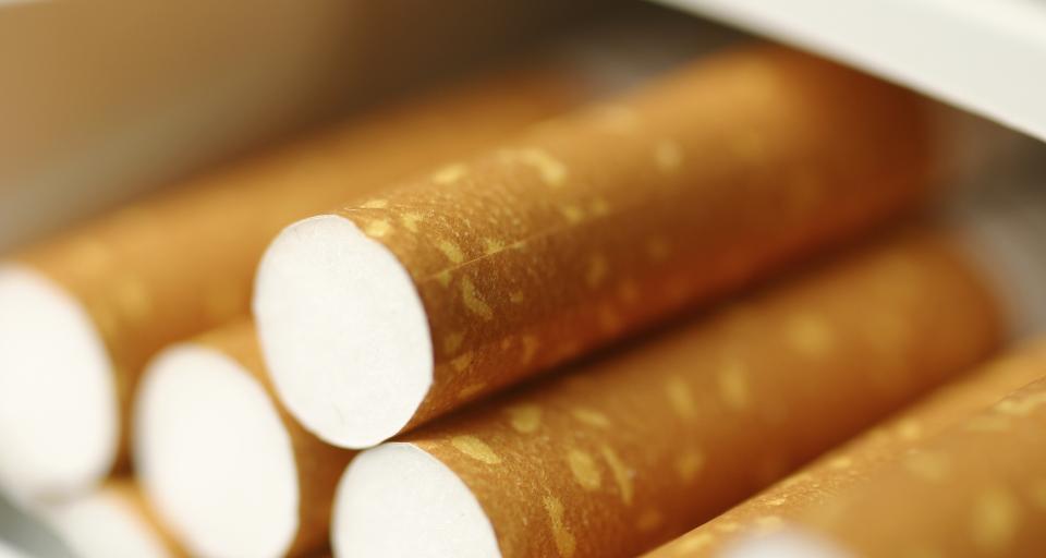 Sprzedaż papierosów w Polsce zagrożona coraz bardziej