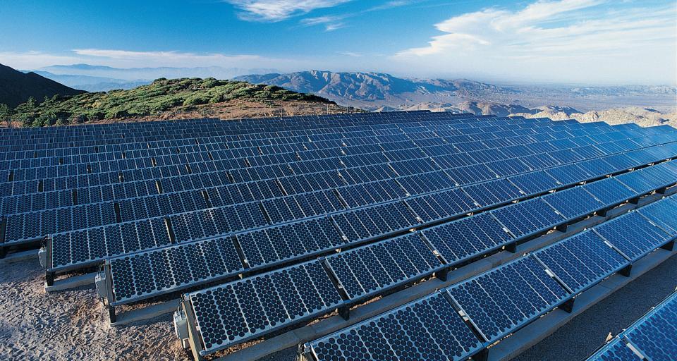 Firmy chcą więcej zmian w przepisach o odnawialnych źródłach energii