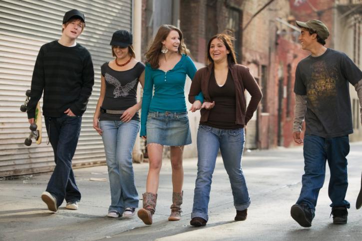 Praca szansą dla trudnych nastolatków? MS dostrzega lukę w przepisach