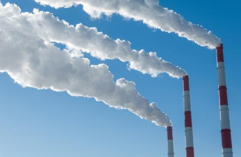 Zmiany w systemie handlu uprawnieniami do emisji CO2 uchwalone