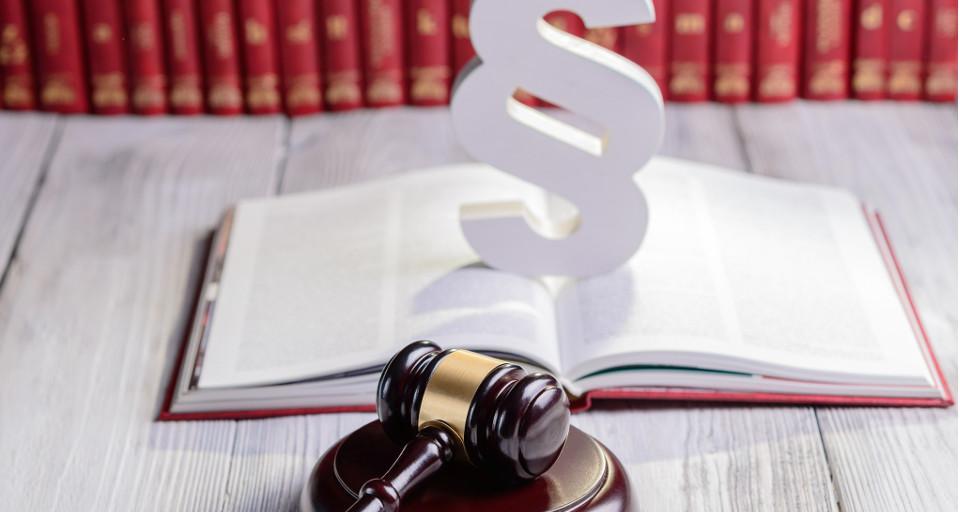 SN: Skarga nadzwyczajna uwzględniona - milion złotych odsetek to błąd sądu