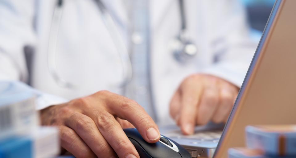 WSA: Samorząd powinien uwzględnić opinię komisji, która badała lekarza