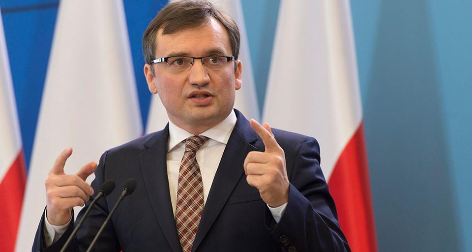 Ziobro: TSUE chce ingerować w sprawy wewnętrzne państw UE
