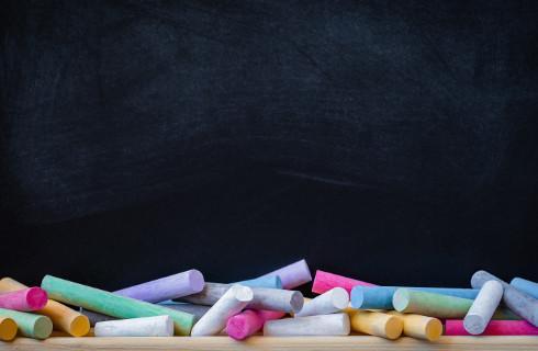 Szkoła nie może wykluczać nauczyciela LGBT