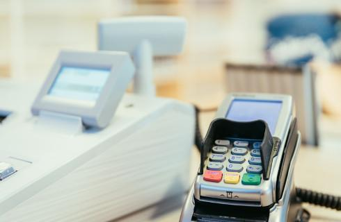 Do środy trzeba zmienić oznaczenia w kasach fiskalnych