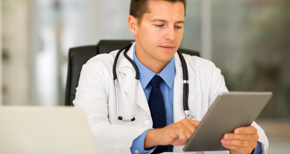 Studia o administrowaniu podmiotem leczniczym i e-zdrowiu na UKSW