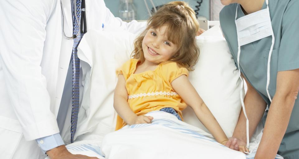 Rodzice w szpitalach za darmo, ale różny standard pobytu