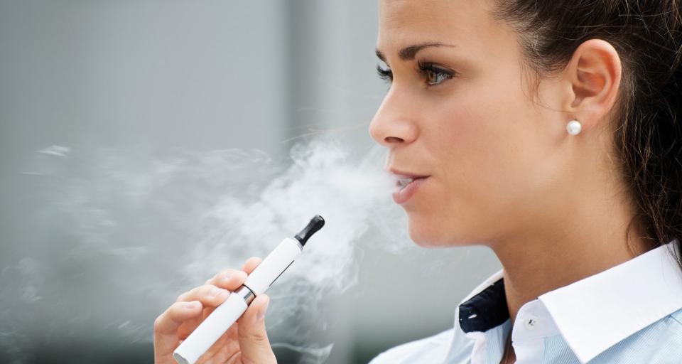 GIS ostrzega młodzież przed e-papierosami