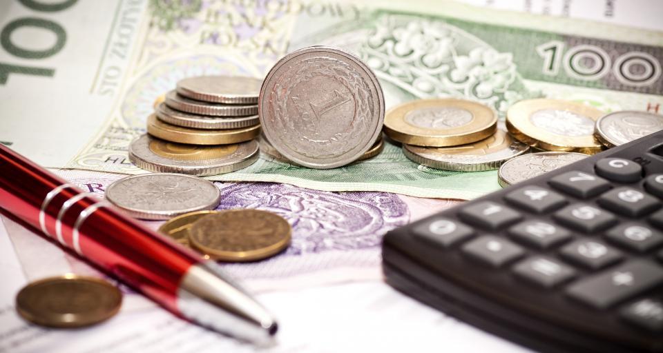 ZNP: Wynagrodzenia nauczycieli trzeba powiązać z przeciętnym lub minimalnym wynagrodzeniem