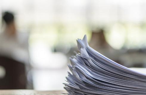 PIP chce prawa do przekształcania umów cywilnoprawnych w umowy o pracę
