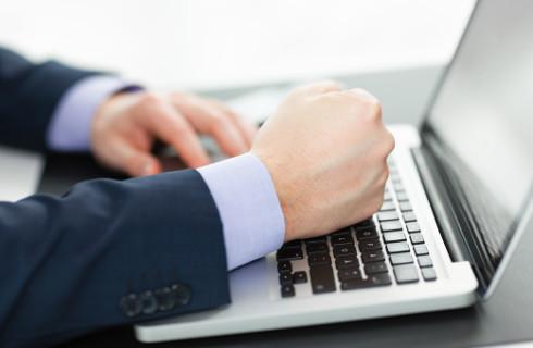 Książka o zagrożeniach związanych z informatyzacją nagrodzona przez informatyków