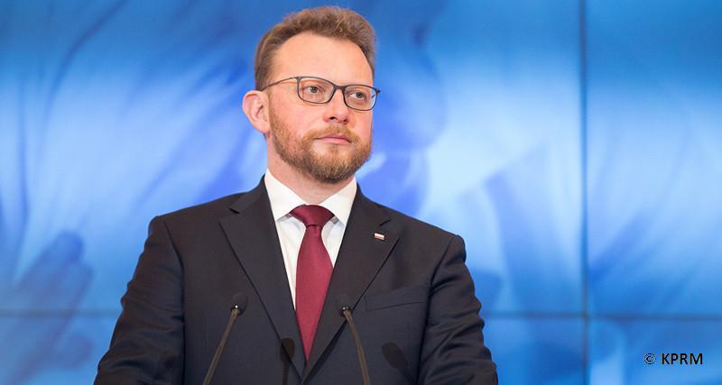 Minister: Fizjoterapeuci dostali po 370 zł podwyżki