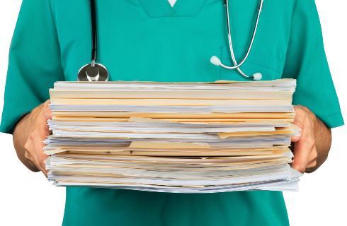 Nowe zasady dotyczące wystawiania dokumentacji medycznej w wersji elektronicznej i papierowej