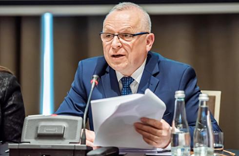 Płonka: Państwo dokłada samorządom zadań i zapomina o dochodach