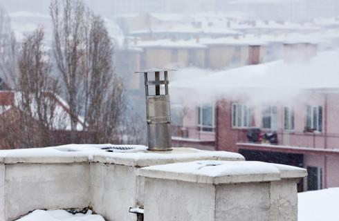 Mimo zakazów, wciąż palone są śmieci, coraz więcej ekointerwencji w Małopolsce